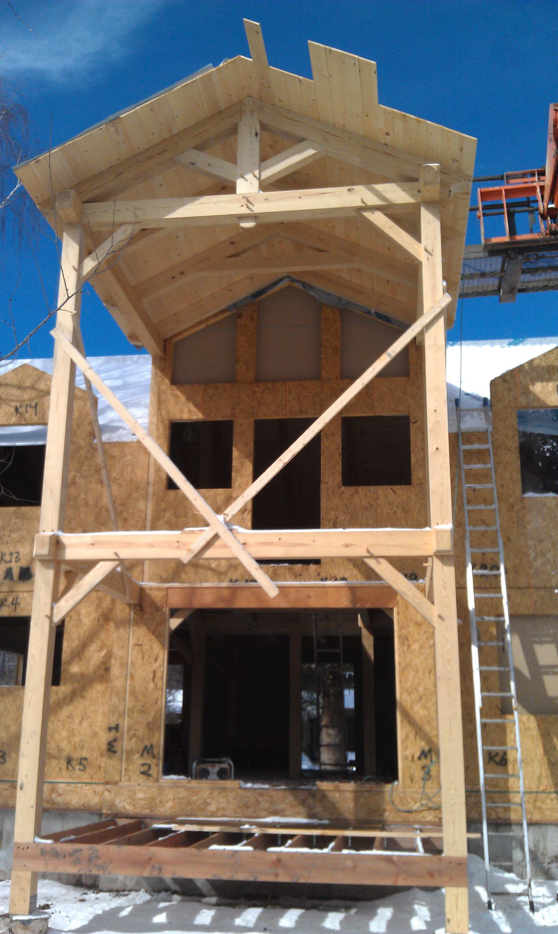Black Canyon Builders, Durango, CO, Timber frame joinery and details, SIPs panels